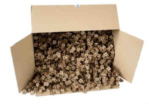 Flach liegender Karton gefüllt mit ExpandOS