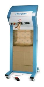 Sicht auf offene Verpackungsmaschine FillPak