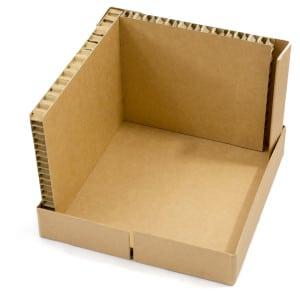 Montage Step 3 Kartonbox: Boden und zwei Seitenwänden